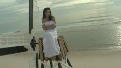 Phút Lỡ Lầm ( Ly Hôn OST) - Ammy Minh Khuê
