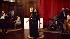 Don't Stop (Vintage New Orleans Blues Cover) - Fleetwood Mac, Maiya Sykes