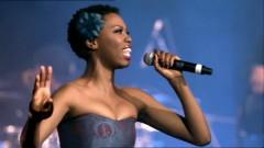 Makubenjalo (Live at Carnival City, Johannesburg, 2009) - Lira