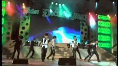 Hãy Vững Bước (Liveshow 2011: Thiên Đường Vắng)