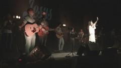 Ali Estava a Cruz (Vídeo Ao Vivo) - Adoração Central