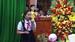 Ngày Xa Mái Trường - Bé Ngọc Ngân