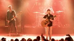 Broken Machine (Live in Hamburg) - Nothing But Thieves