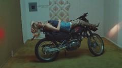 Ride (Official Video) - Lolo Zouaï