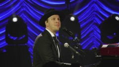Something Worth Saving (Official Video) - Gavin DeGraw