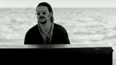 Quiero (Video) - Ricardo Arjona