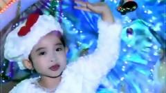 Merry Christmas - Bé Ngọc Ngân