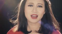Cô Gái Trang Bìa - Khánh Linh