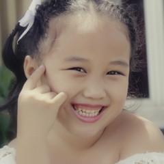 Bé Khánh Minh