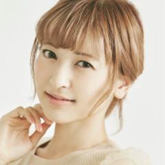 Yuna (CV:Sayaka Kanda)
