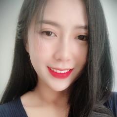 July Thảo