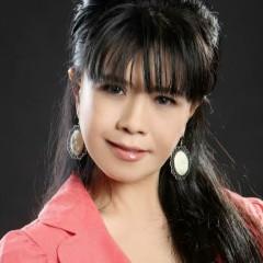 Mai Ly Singer