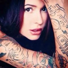 Taylr Renee