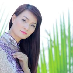 Trang Hương
