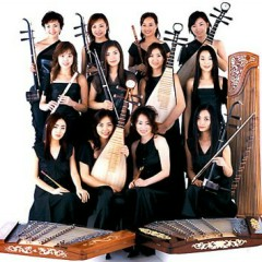 Nghệ sĩ 12 Girls Band
