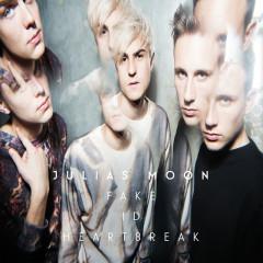 Fake ID Heartbreak - Julias Moon