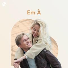 Em À - Various Artists