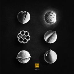 Șase (+) - Vita de Vie