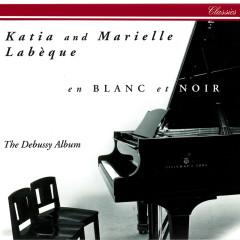 en blanc et noir - The Debussy Album - Katia Labèque, Marielle Labèque