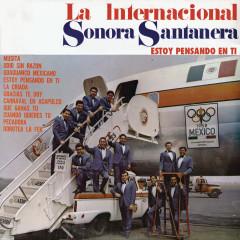 La Internacional Sonora Santanera (Estoy Pensando en Ti) - La Sonora Santanera