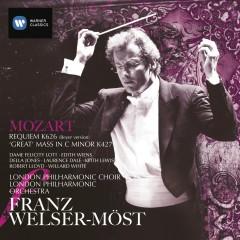 Mozart: Requiem & Mass in C minor - Franz Welser-Möst