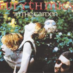 In The Garden - Eurythmics, Annie Lennox, Dave Stewart