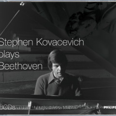 Stephen Kovacevich plays Beethoven - Stephen Kovacevich