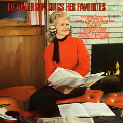 Sings Her Favorites - Liz Anderson
