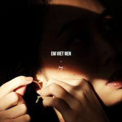 Em Viết Nên (Single) - Trang