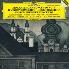 Mozart: Horn Concerto No.3; Bassoon Concerto; Oboe Concerto / Haydn: Trumpet Concerto - Chicago Symphony Orchestra, Claudio Abbado