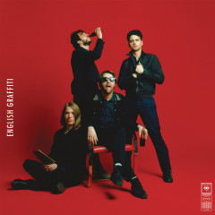 English Graffiti (Expanded Edition) - The Vaccines
