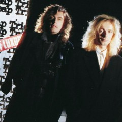 Lap Of Luxury - Cheap Trick