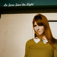 Sees The Light - La Sera