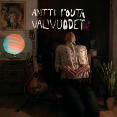 Välivuodet - Antti Pouta