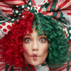 Everyday Is Christmas (Deluxe Edition) - Sia