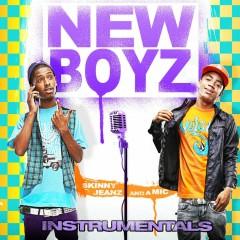 Skinny Jeanz And A Mic (Instrumental) - New Boyz