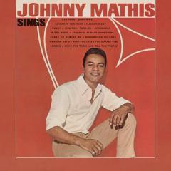 Johnny Mathis Sings