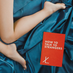 How To Talk To Strangers - TWIN XL