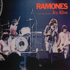 It's Alive (Live) [40th Anniversary Deluxe Edition] (Live; 40th Anniversary Deluxe Edition) - Ramones