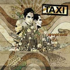 Mirando atras (iTunes exclusive) - Táxi