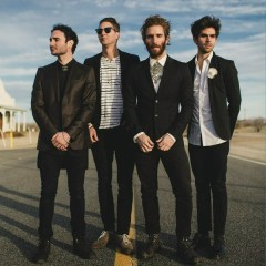 A Real Hero - Smallpools