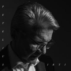Irti - Pirkka-Pekka Petelius