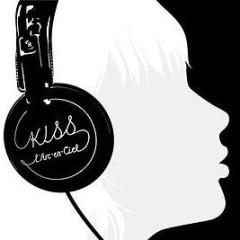 Kiss - L'Arc ~ en ~ Ciel