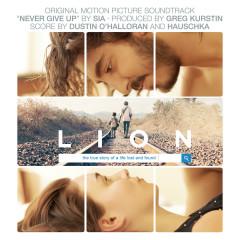 Lion OST - Dustin O'Halloran, Hauschka