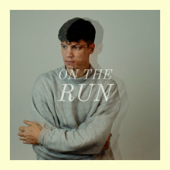 On The Run (Single) - Alec Petrus