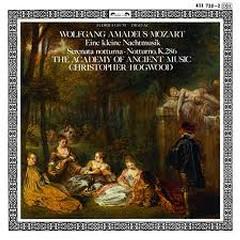 Mozart - Eine kleine Nachtmusik; Serenata Notturna; Notturno, K. 286 - Christopher Hogwood,Academy Of Ancient Music