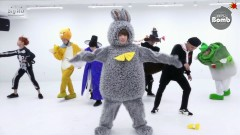 21st Century Girl (Dance Practice) (Halloween Ver) - BTS