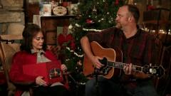 Country Christmas - Loretta Lynn