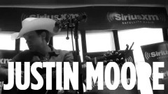Small Town USA (Live Acoustic At SiriusXM) - Justin Moore