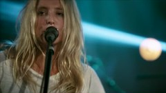 When I'm Alone (Live In Guitar Center Sessions) - Lissie